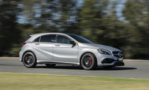 Всети интернет появились первые фотографии нового Mercedes-AMG A45