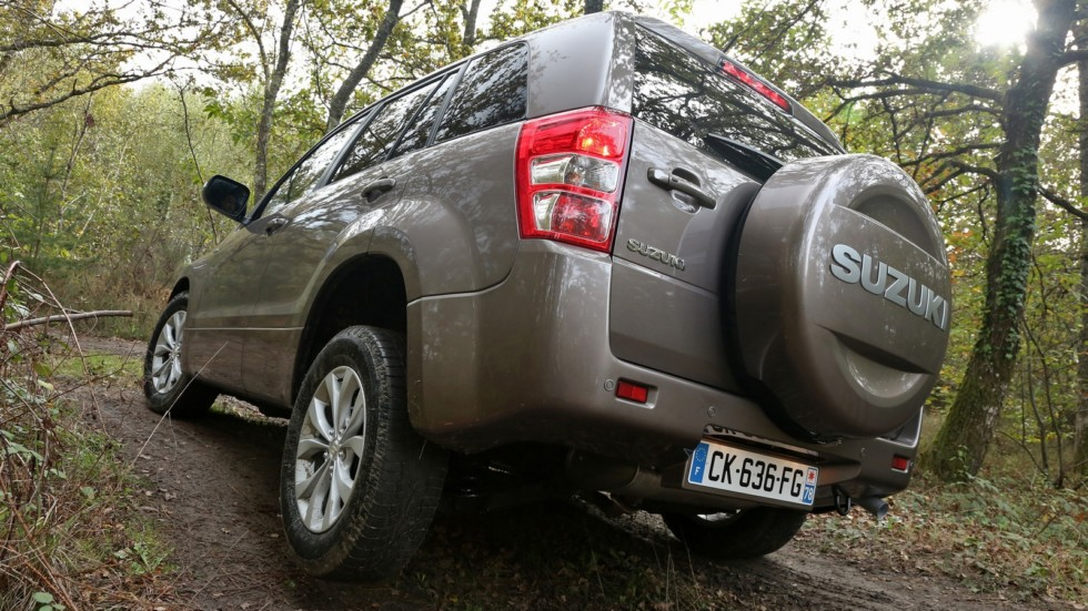 На фото: Suzuki Grand Vitara 5-door '2012–н.в.