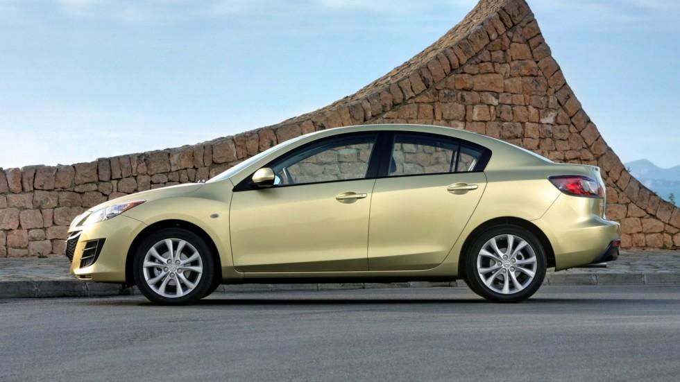 На фото: Mazda3 Sedan (BL) '2009–11