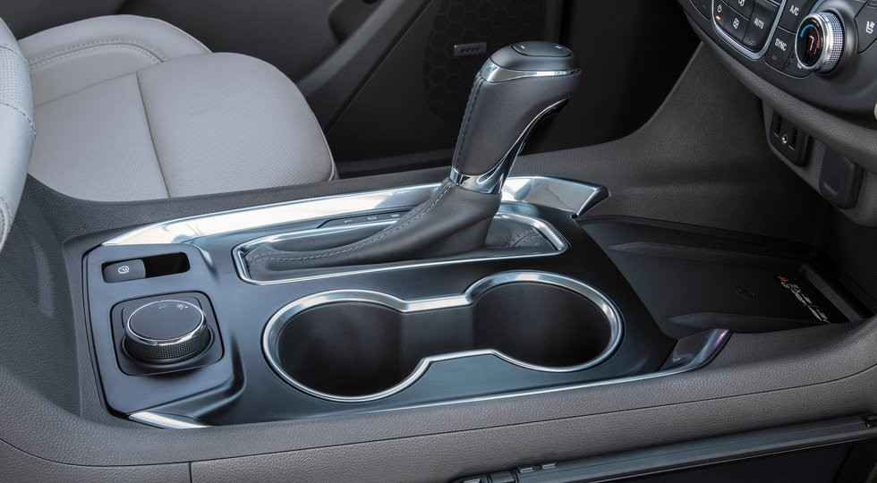 Доля продаж авто сАКПП вРФ превысила 54%