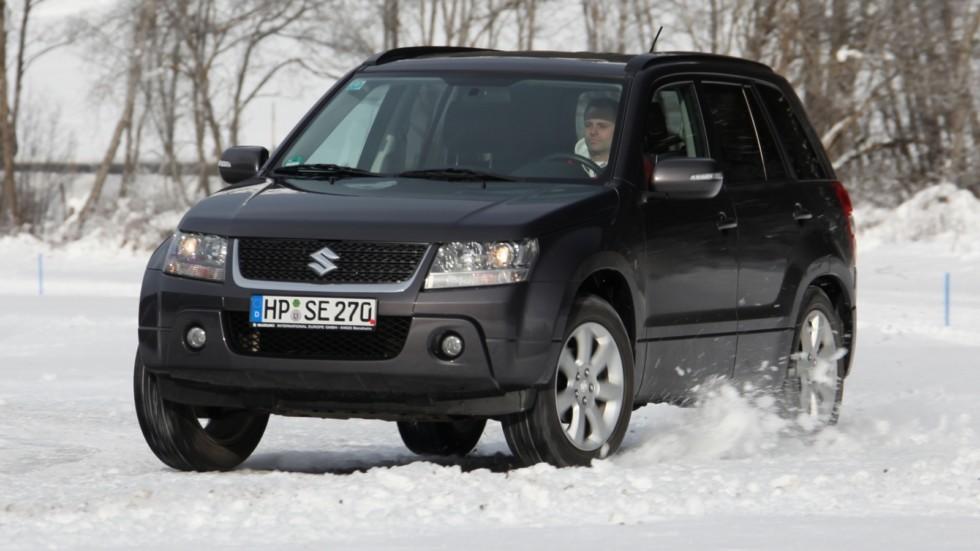 На фото: Suzuki Grand Vitara 5-door '2008–12