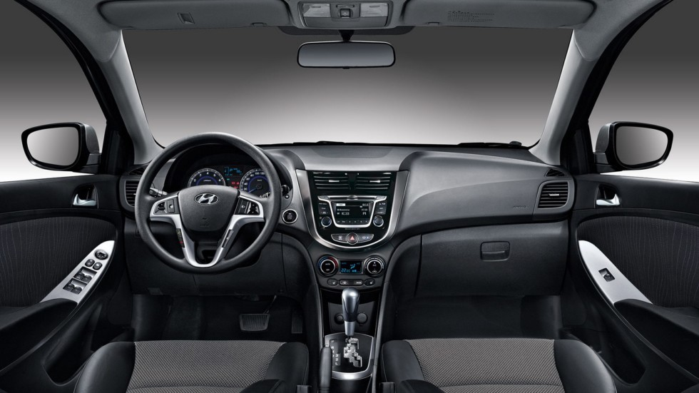 4Торпедо Hyundai Solaris (RB) '2014–17