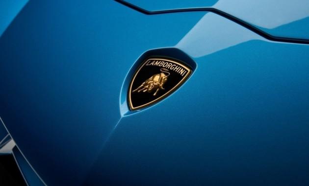 Lamborghini Urus: 650-сильный мотор V8 и3,7 секунды досотни