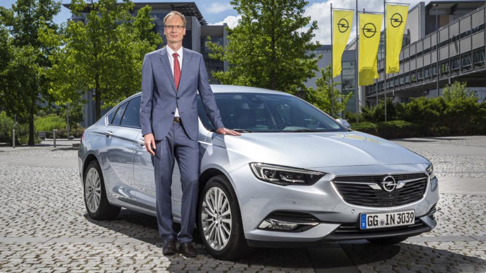 Глава Opel Михаэль Лошеллер