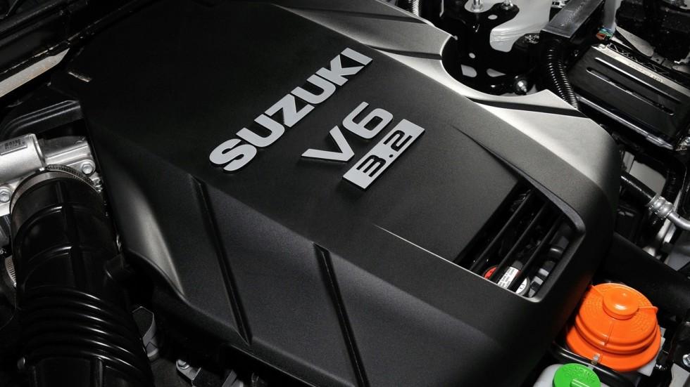 На фото: Под капотом Suzuki Grand Vitara 5-door '2008–12