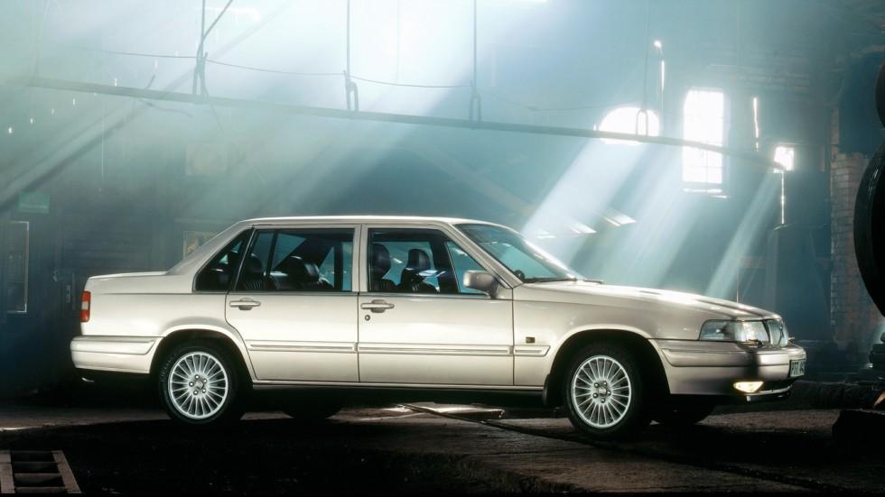 На фото: Volvo 960 '1994–96