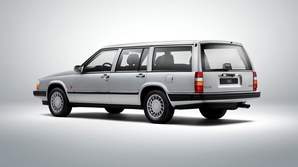 На фото: Volvo 960 Kombi '1990–94