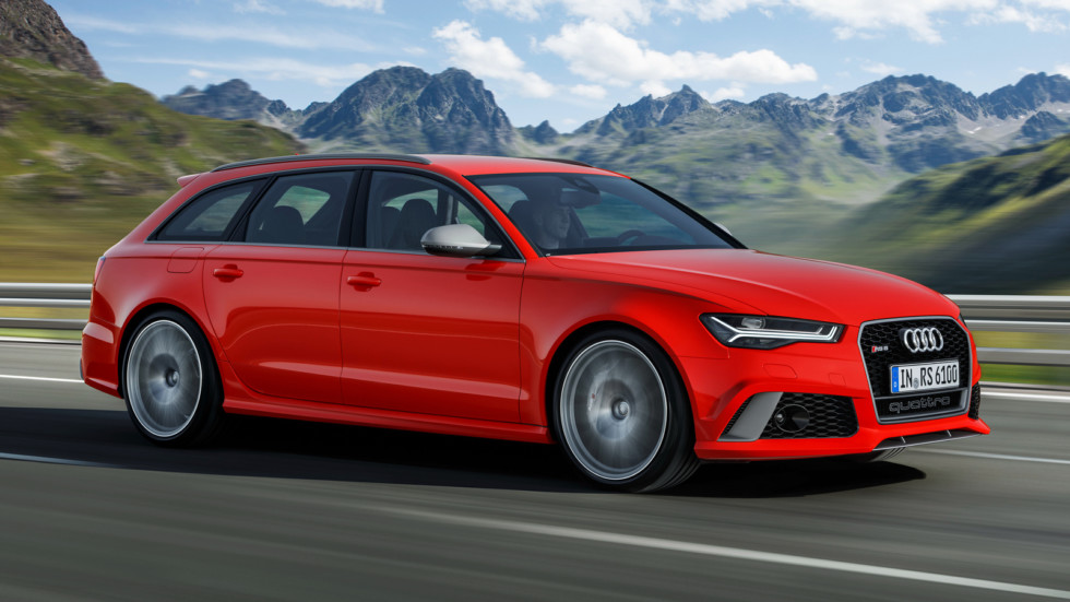 На фото: Audi RS6
