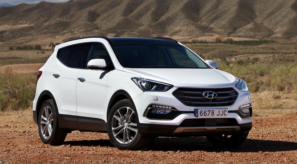 На фото: Hyundai Santa Fe текущего поколения