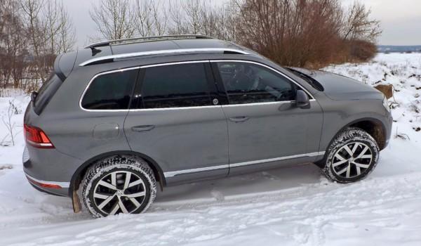 Парень из Волчьего города: тест-драйв VW Touareg Wolfsburg Edition