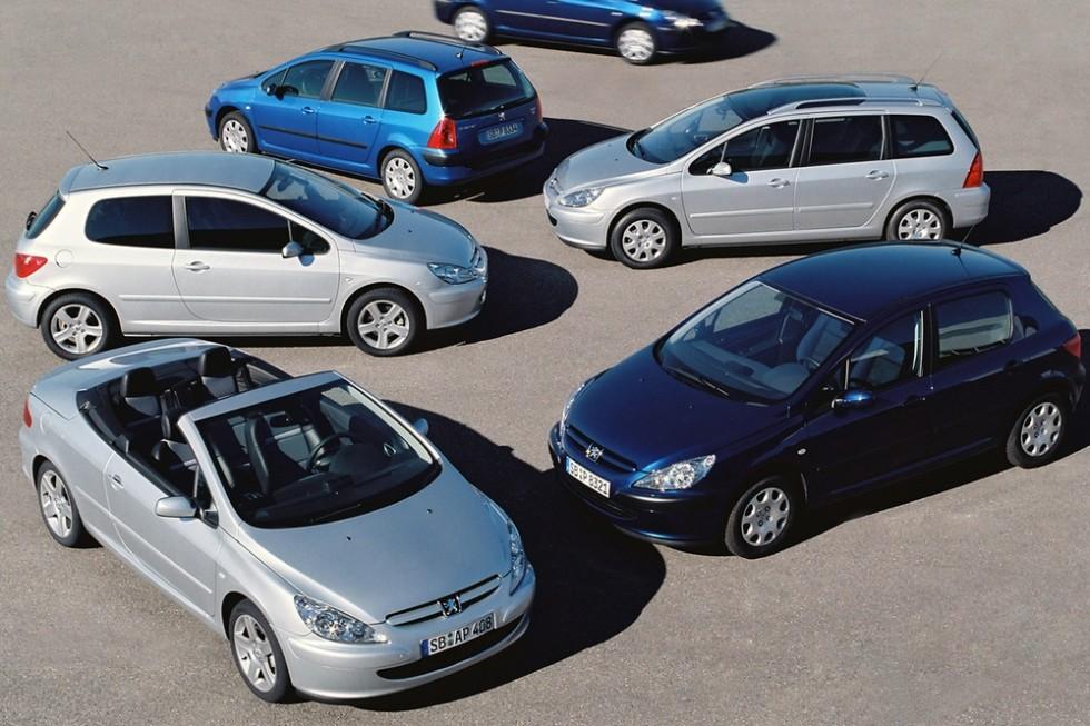На фото: дорестайлинг Peugeot 307 '2001–07