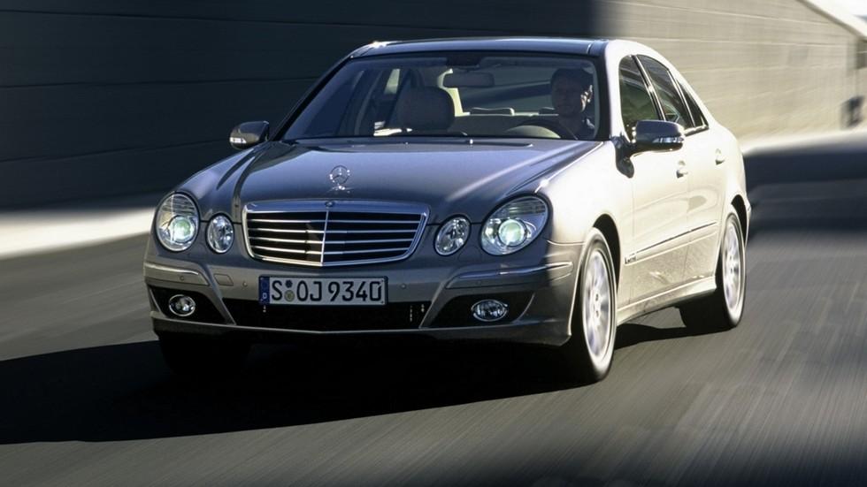 На фото: Mercedes-Benz (W211) '2006–09