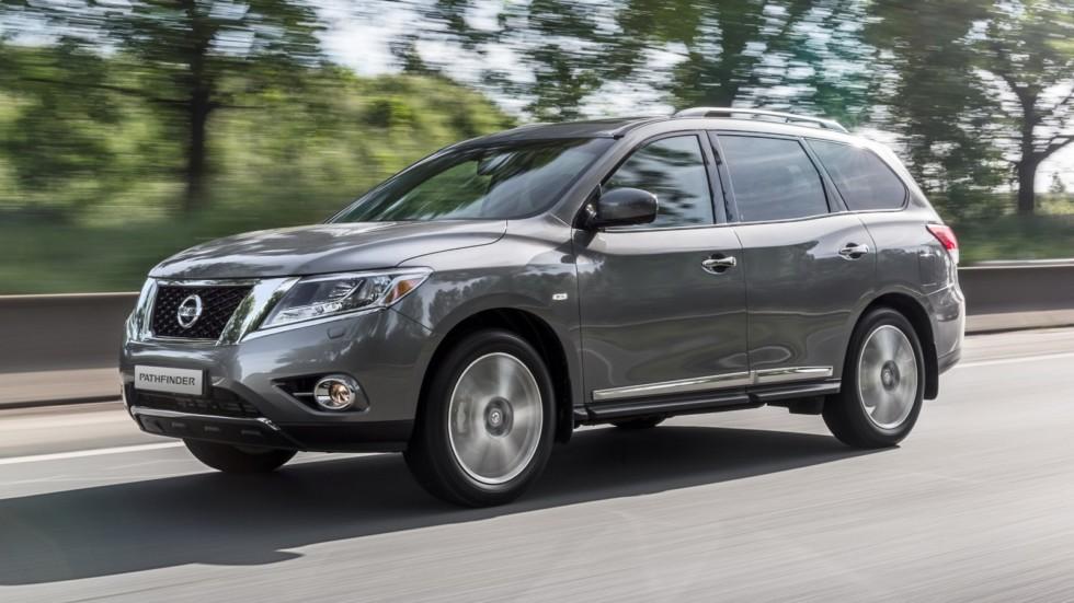 На фото: Nissan Pathfinder '2014–16