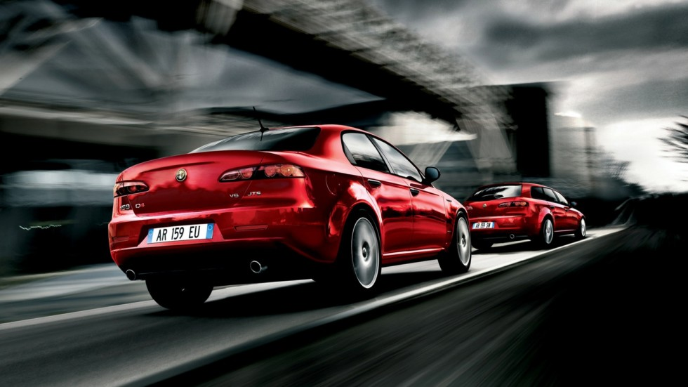 На фото: Alfa Romeo 159 '2008-09 & 159 Sportwagon '2008-11