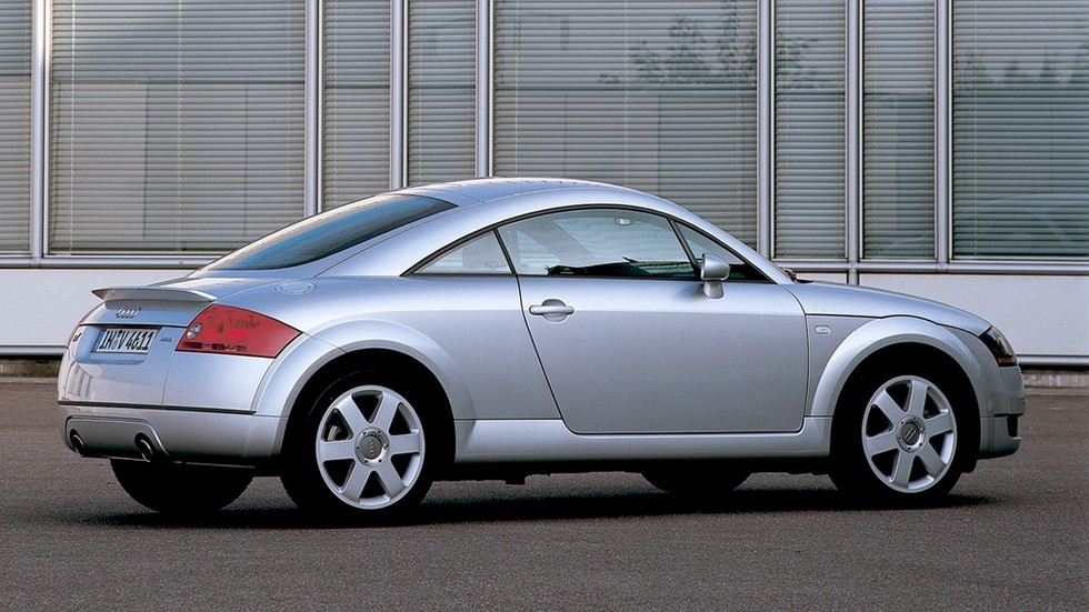 На фото: Audi TT Coupe Worldwide (8N) '1998–2003