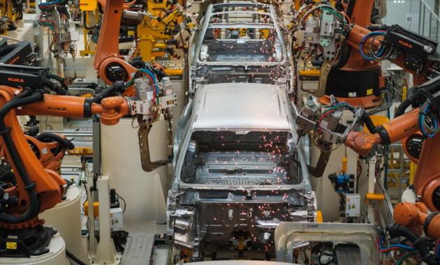 Китай запретит выпуск 553 моделей автомобилей с 1 января 2018 года