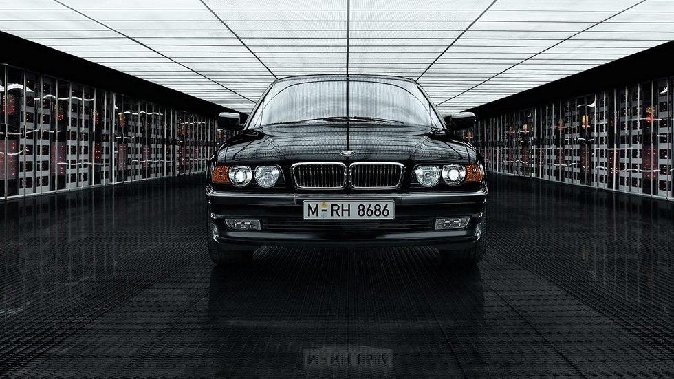 На фото: BMW 7 Series (E38) '1998–2001