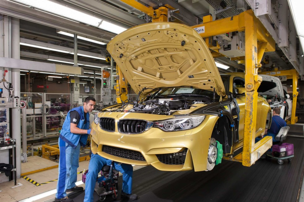 На фото: завод BMW