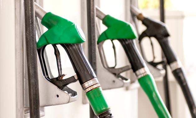Бензин вЛипецке упал вцене перед Новым годом— Росстат