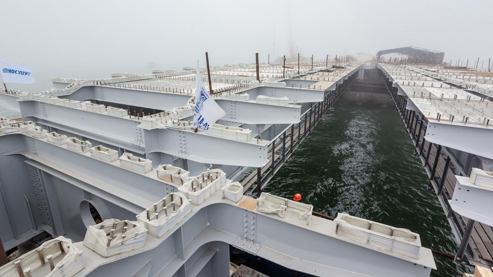 Название «Крымский мост» является более успешным — руководитель Крыма