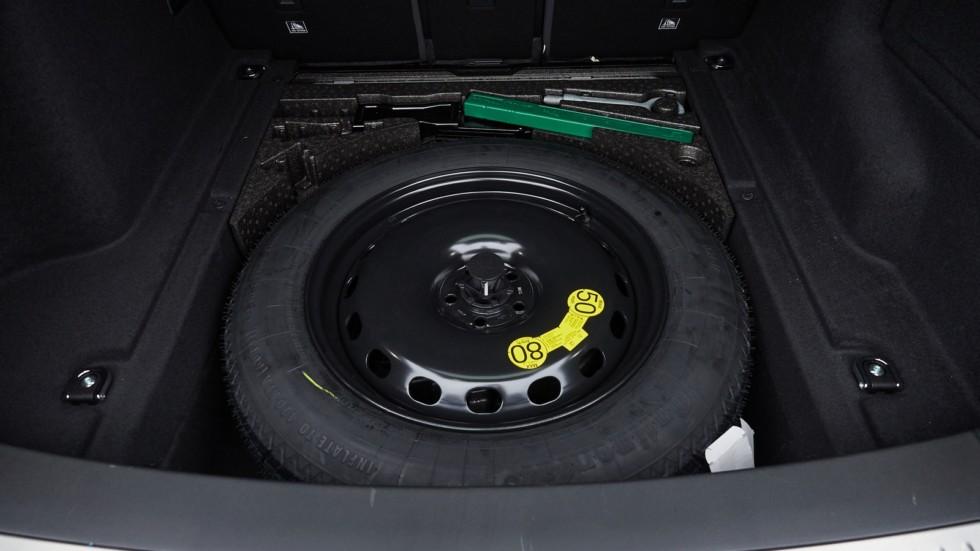 Range_Rover_Velar_040