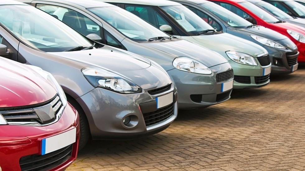 Средневзвешенная стоимость авто спробегом зимой составила 561 тысячу руб.