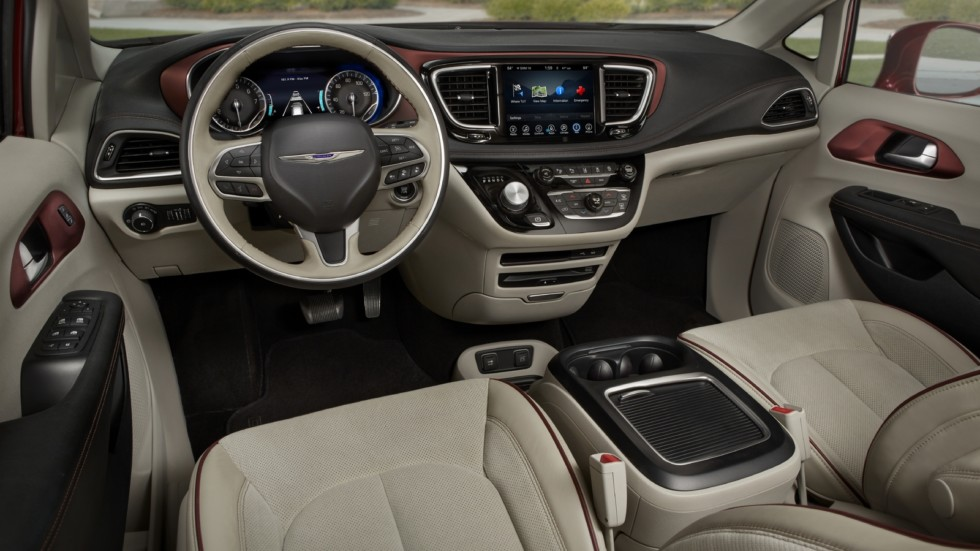 chrysler_pacifica_limited_2