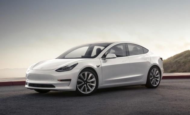 Tesla Model 3 надороге превысила заявленную наивысшую скорость