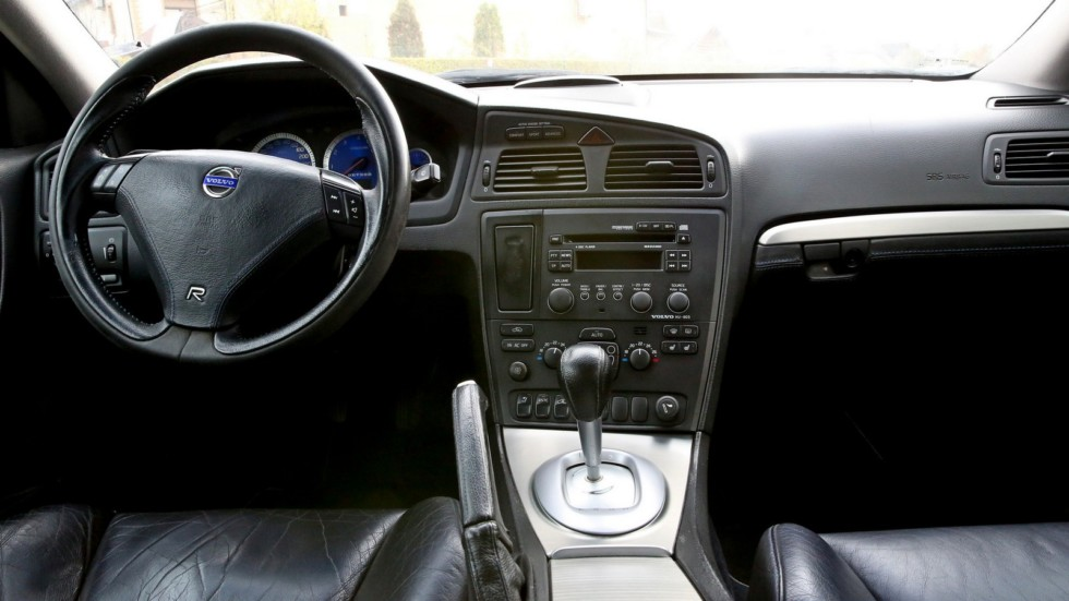 Горячее болото: обзор Volvo S60R Обухов-Инжиниринг