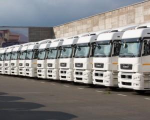 КАМАЗ запустил в серию новый седельный тягач