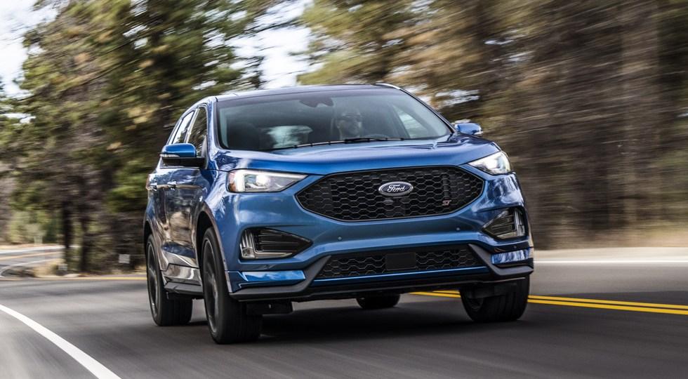 На фото: Ford Edge ST