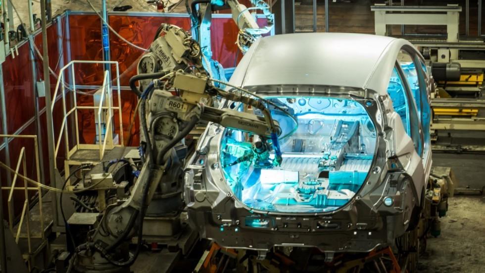 Renault-Nissan стал крупнейшим автопроизводителем вмире