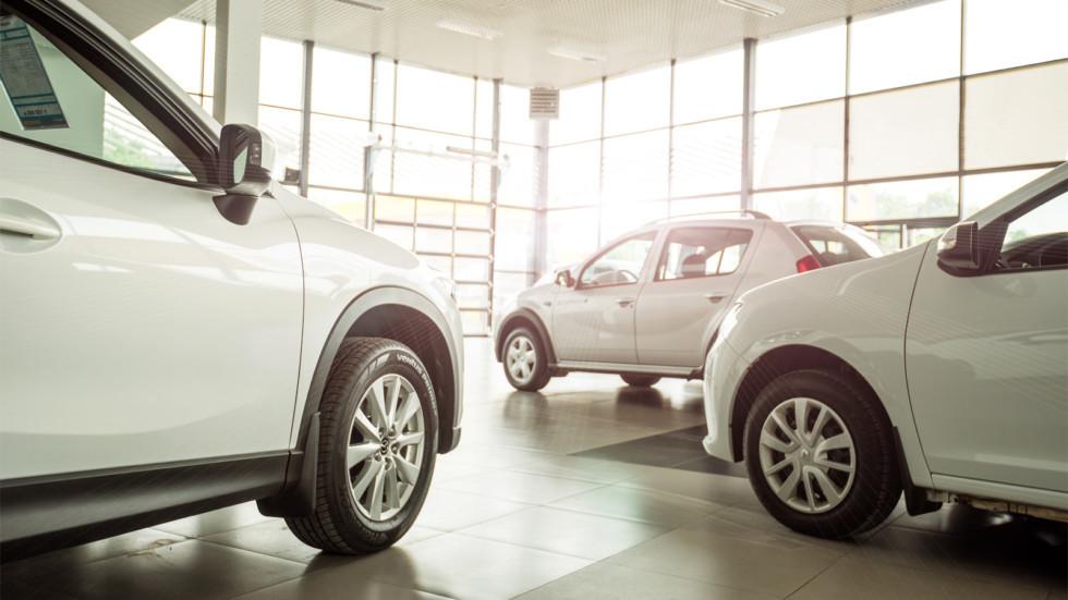 Все автомобили в Туркменистане станут белыми