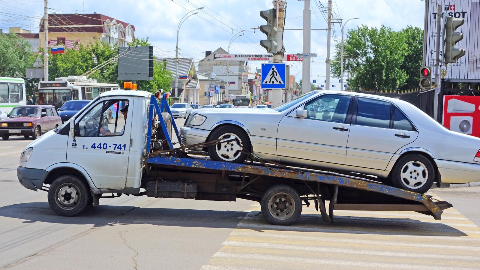 В РФ стали реже эвакуировать автомобили