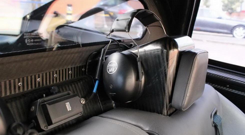 http://www.kolesa.ru/uploads/2018/01/Jaguar-XJR-15-5-980x540.jpg