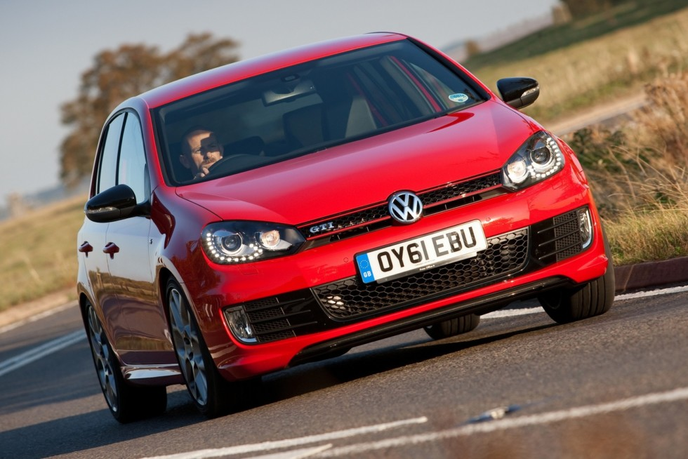 Volkswagen Golf GTI 5-door Edition 35 UK-spec (Typ 5K) '2011