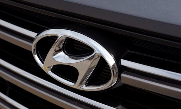 Компактный «бюджетник» Hyundai снова проехался на камеру