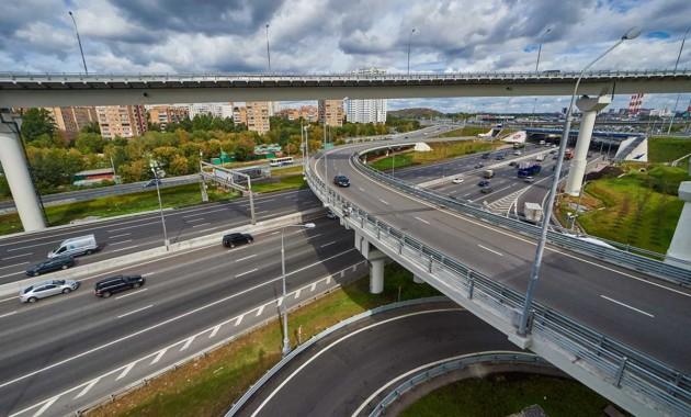 Тарифы напроезд выросли поряду участков трассы «Москва-Санкт-Петербург»