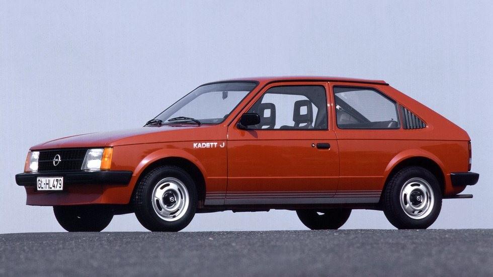 Opel Kadett D – популярный немецкий хэтчбек конца семидесятых годов