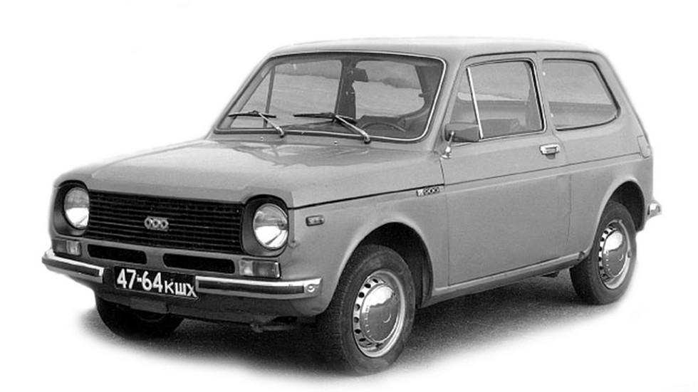 Прототипы второй серии похожи на ВАЗ-2121, над которым в то время как раз работали в Тольятти