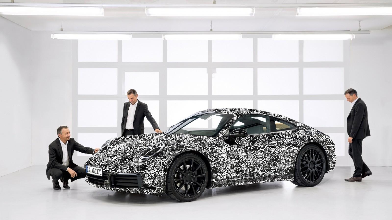Порше недопоказал спорткупе 911 обновленного поколения — Интрига нераскрыта