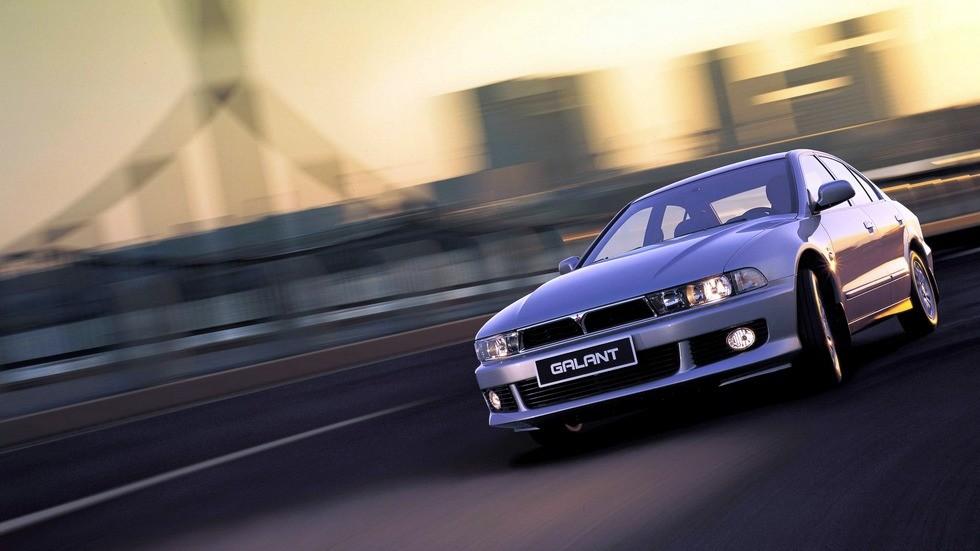 На фото: Mitsubishi Galant Elegance '1996–2003