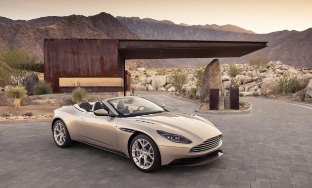 """Первые тесты Aston Martin DB11 Volante: отличные повадки, но скучная """"мультимедийка"""""""