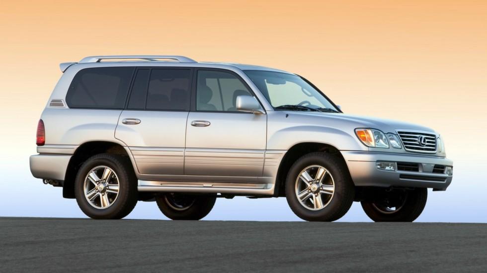 На фото: Lexus LX 470 '2005–07