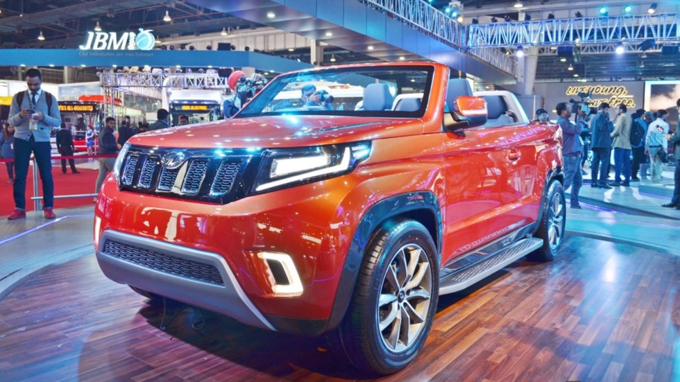 Mahindra-TUV-Stinger-concept-front-three-quarters-left-side-at-Auto-Expo-2018