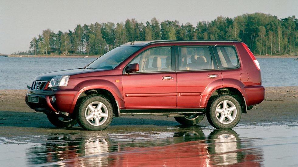 На фото: Nissan X-Trail '2001–04