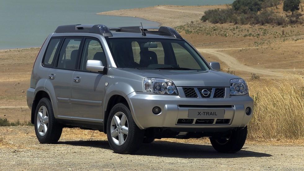 На фото: Nissan X-Trail (T30) '2004–07