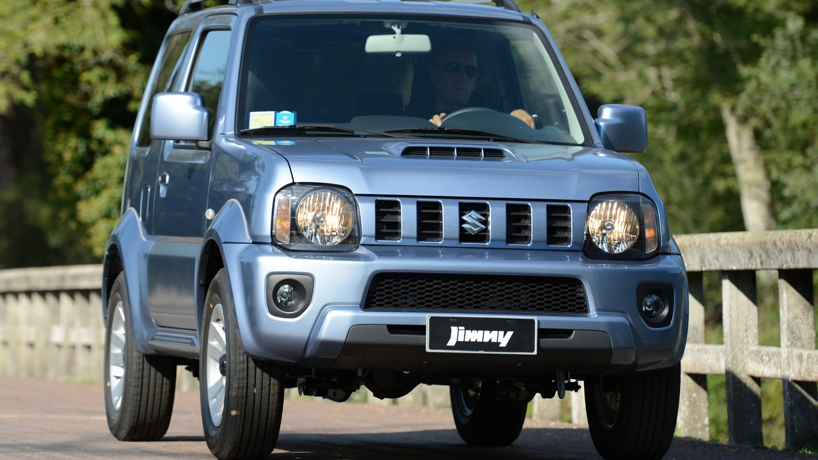 На фото: Suzuki Jimny '2012–н.в.