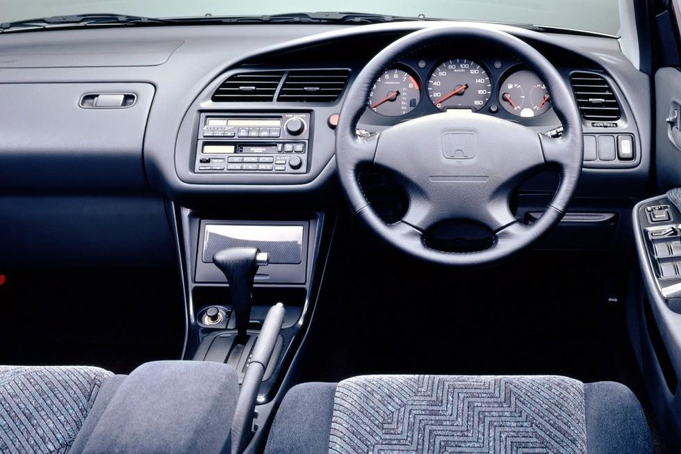 Торпедо Honda Accord 2.0LEV JP-spec (CF4) '09.1997–12.1998