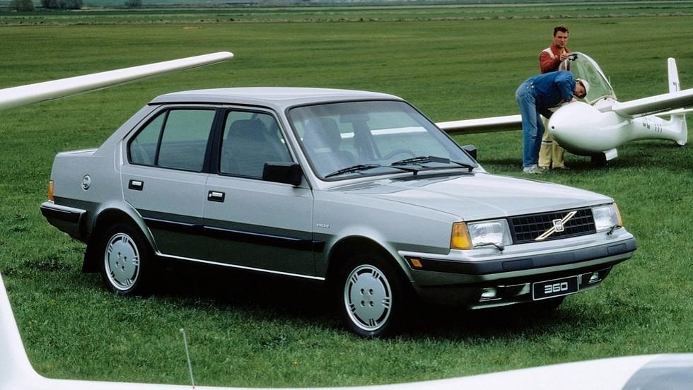 Volvo 360 Sedan '1983–91